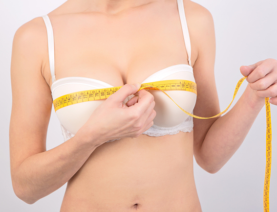measuring for bra.jpg