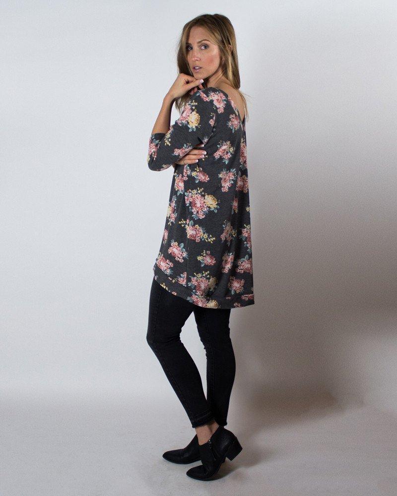 Cali Faye Collection, Primrose Pullover