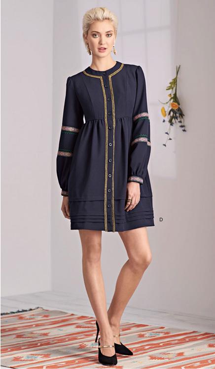 Simplicity 8689 Boho dress with trim