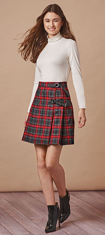 Simplicity 8746 warp kilt-style skirts