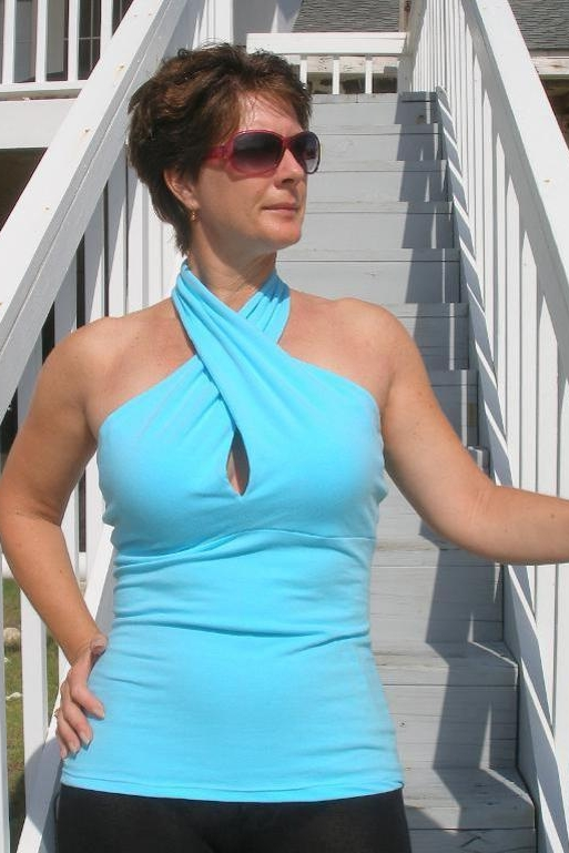 Twist Front Top by So Sew Easy
