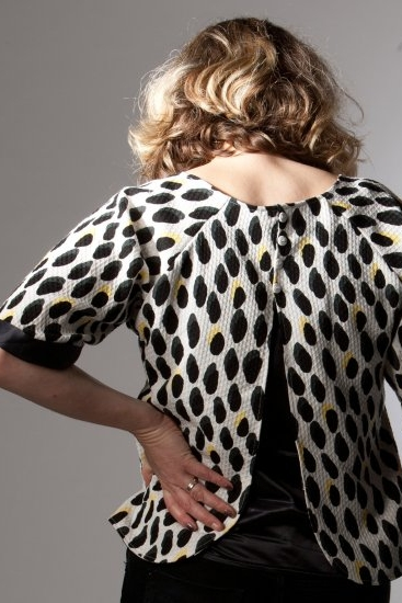 '60s inspired Top by Sew Different