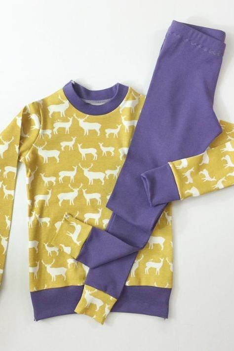 Knit Pyjamas by DIY Crush
