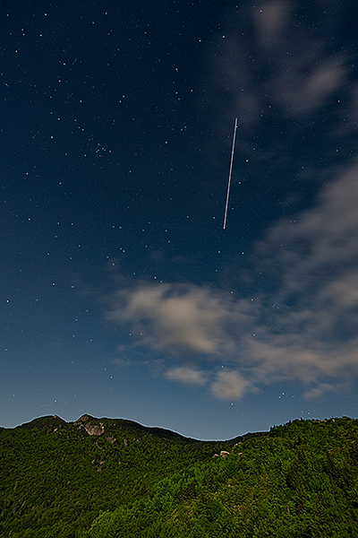 International Space Station flies over Grandfather Mountain under a full moon!