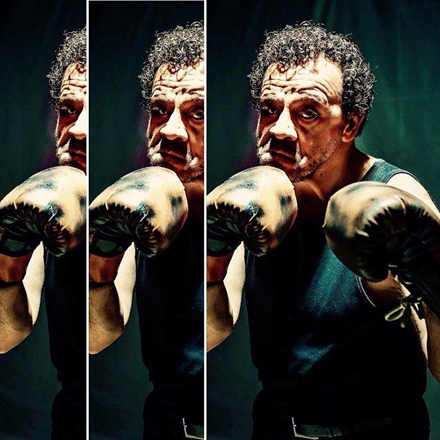 """Yaşanmış bir insanlık dramı """"RUKİ' Reha Özcan yorum ve rejisiyle yarın akşam """"İzmir Sanat Evi""""nde tiyatro severlerle buluşuyor @rehaozcan571965 #izmir #sanat #evi #tiyatro #theatre #art #çingene #boksör #aktör #actor @ustalarinsahnesi"""