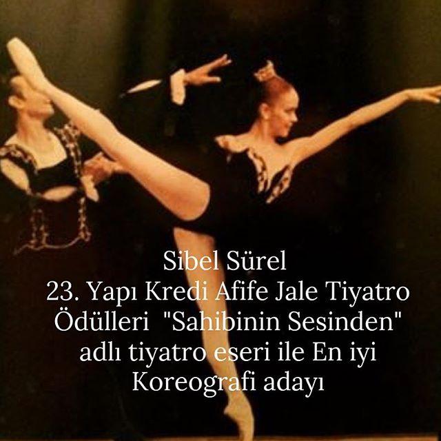 """Tiyatro yapımımız """"Ruki""""nin koreografı, Mourka Yaz Bale Okulumuzun eğitmeni Sibel Sürel'e bol şans dileklerimizle. @sibelsurel @rehaozcan571965 @ustalarinsahnesi @yapikrediafifetiyatroodulleri #afifejaletiyatroödülleri #istanbul #devlettiyatrosu #idt #tiyatro #theatre #afifejale #ballet #art #ödül #sahibininsesinden #ruki #mourkasummerballetschool #mourkayazbaleokulu"""