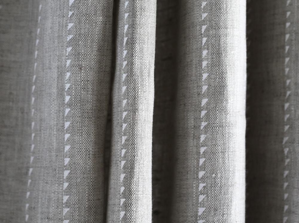 Pure Linen Curtain: Prestbury Blade