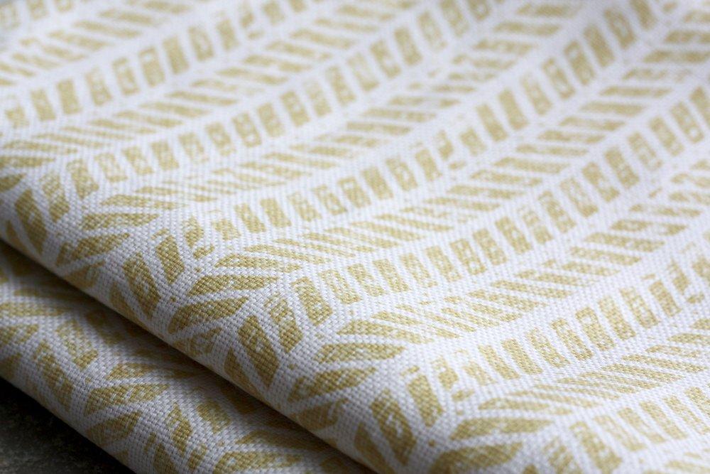 Mottram Meadow Camomile linen
