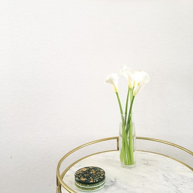 I'm over on @blessedisshe__ Instagram stories today talking about Eastertide in our family! Come say hi! #flashesofdelight #thatsdarling #mycreativebiz #projectblessed #bissisterhood #eastertide