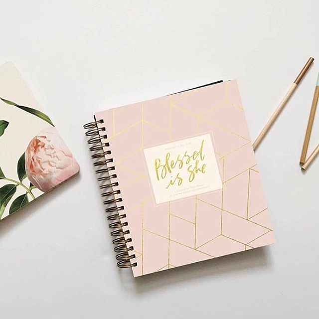 The new @blessedisshe__ planner for the academic year is up for pre-sale now! Run! Go snag one before you're full of regret that you didn't!!! #acolorstory #abmlifeiscolorful #projectblessed #bissisterhood #flatlay #lovelysquares #ihavethisthingwithpink