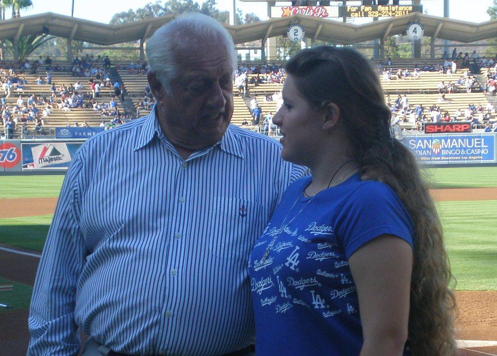 Chatting with Tommy Lasorda @ Dodger Stadium.JPG