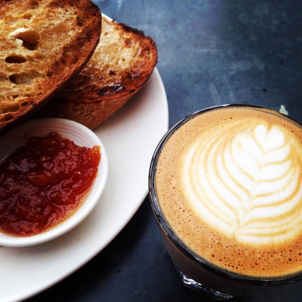 Good morning Eastbay!!! @bartavellecafe Cortado and toast with marmalade:))) this destination! #bartavellecafe #eastbaylove #coffee #supportlocalbusiness #sfbayarea  (at Bartavelle Coffee & Wine Bar)