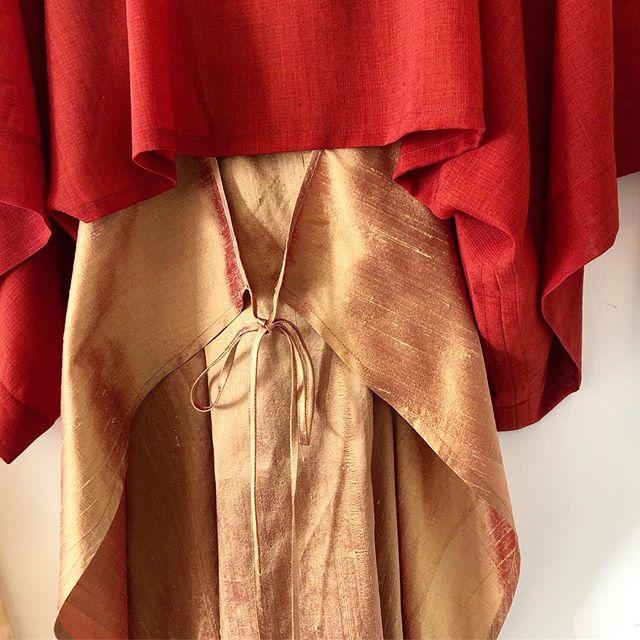 Feeling the desire for warmer colors.  Working on a small collection with the most illuminating fabrics✨ . . . #carewhatyouwear #minimalstyle #madeinoakland #smallbatch #silk #sustainablefashion #slowfashion  #ecostyle #bespoakland  #wool #naturalstyle #womensfashion  #oaklanddesigner #shopoakland #oaklandboutique #shoplocal #keepitoakland18 #womanowned #nomadic #bohostyle #wrapdress #kimonostyle #minimaldesign