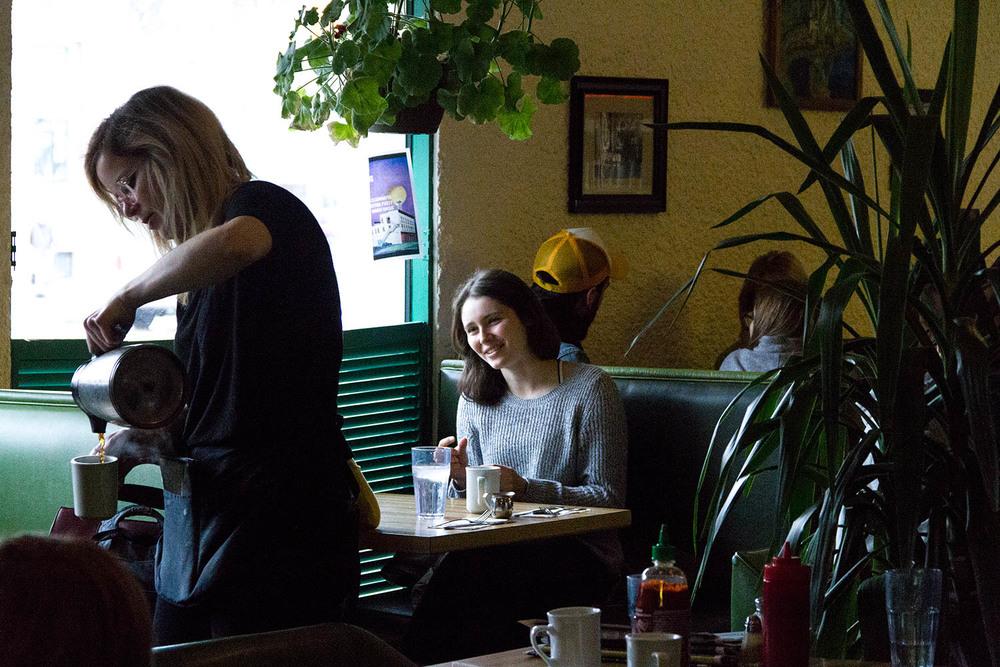 villagecafe11.jpg