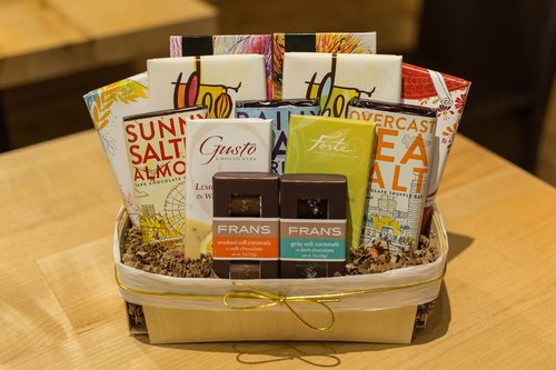 A great choice holiday shopping in seattle simply seattle simply chocolate seattle gift basketsg negle Choice Image