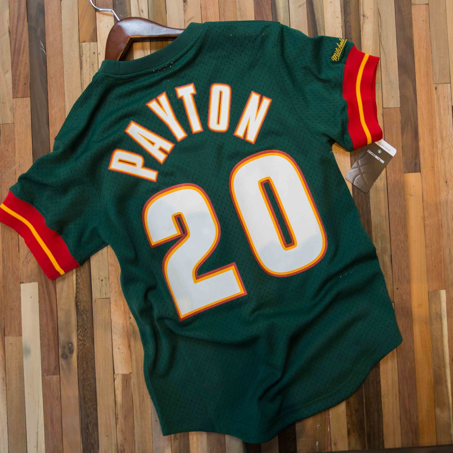 fb157590d5d6 Mitchell   Ness Seattle SuperSonics Gary Payton Mesh Crewneck Jersey