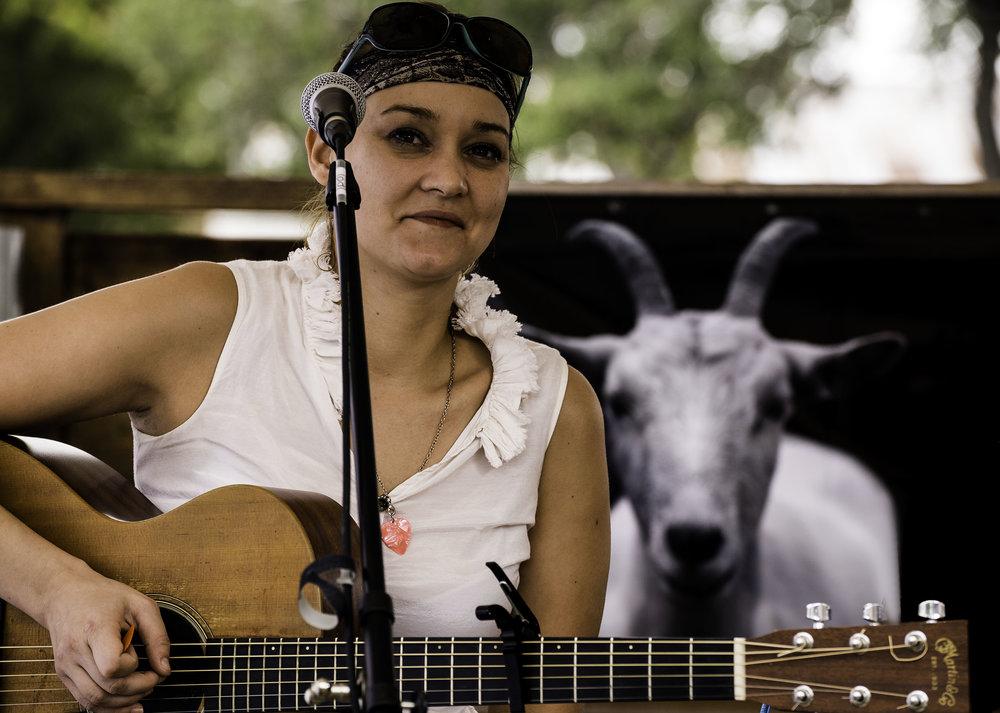 songwritersfestival-janicesmith.jpg