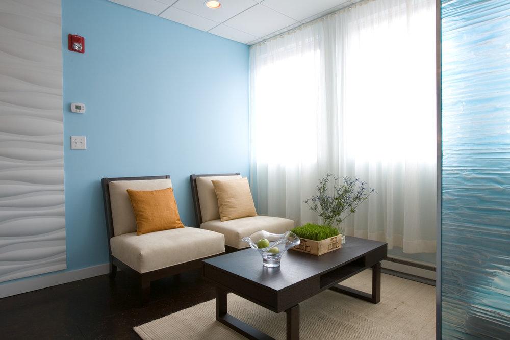 Turquoise-Lounge Upstairs.jpg