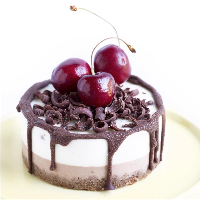 Chocolate Cherry (Raw) Cheesecake
