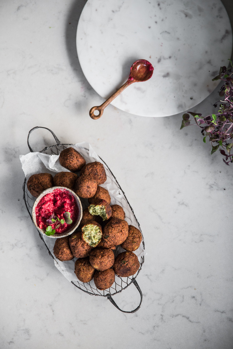 Spicy Cauliflower Falafel with Beetroot dipping sauce