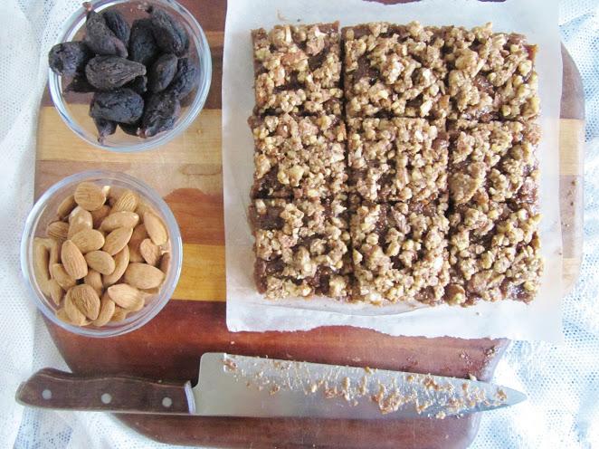 Raw Fig & Almond Bars