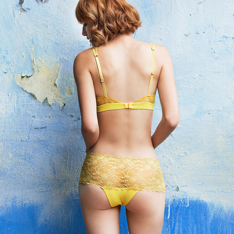 Yellow_lace_model_2_26f93d91-983e-492a-99db-925233553818_1024x1024.jpg