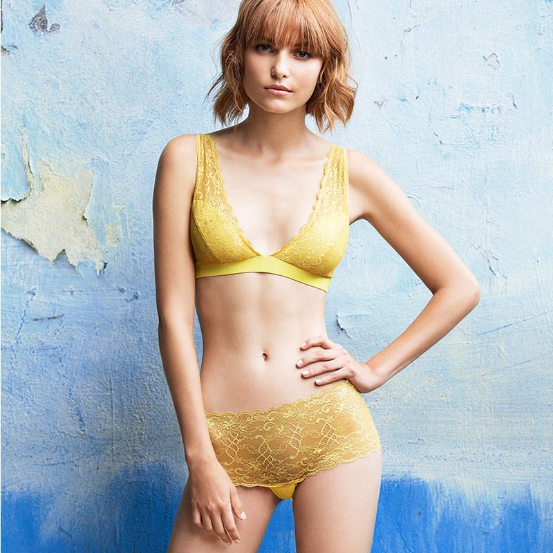 yellow_lace_model_6_1024x1024.jpg