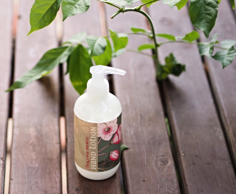 castille-de-fleur-botanical-hand-lotion
