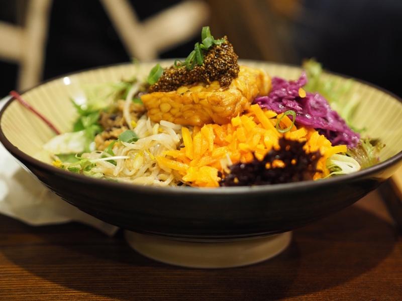 Macro Dragon Bowl: biodynamic brown rice, topped with seasonal veggies, organic tempeh &seaweed. Served w lemon tahini cream +miso soup.