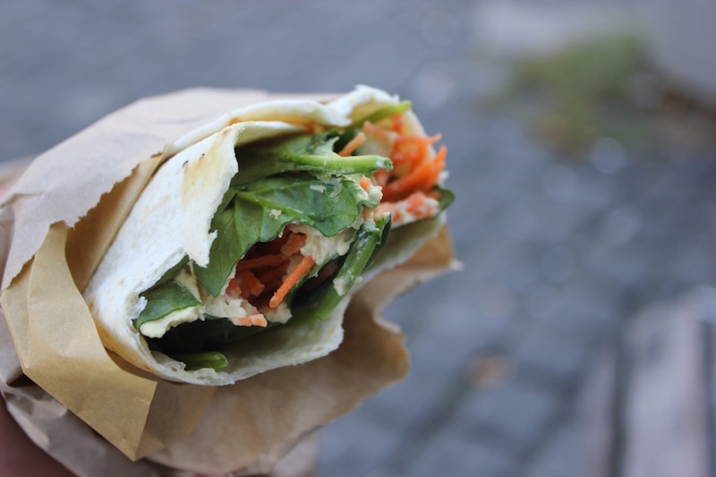 vegabond-cafe-vegan-healthy-veggie-wrap-amsterdam.jpg