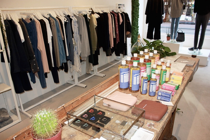 eco-vegan-beauty-cosmetics-store-amsterdam-geitenwollenwinkel.jpg
