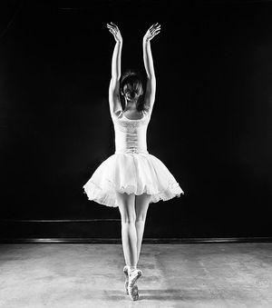 agnes-muljadi-artsyagnes-ballerina-whats-in-my-ethical-vegan-handbag.jpg