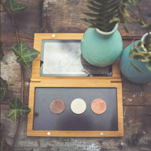 Elate bamboo compacts - Made from bamboo, the backing is magnetic so will accept & hold the pressed eye colour, blush & powders.