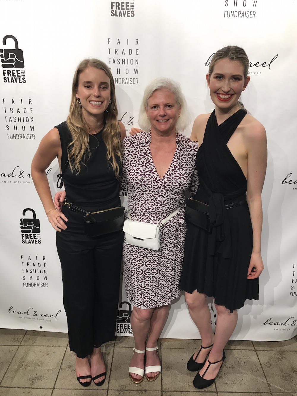 With Hipsters For Sisters Mother-Daughter Team (Rachel + Debra).  I love the female-empowering belt bags that these ladies create, which are all vegan, made in LA, and use sustainable materials such as recycled fibres, organic cotton & hemp.