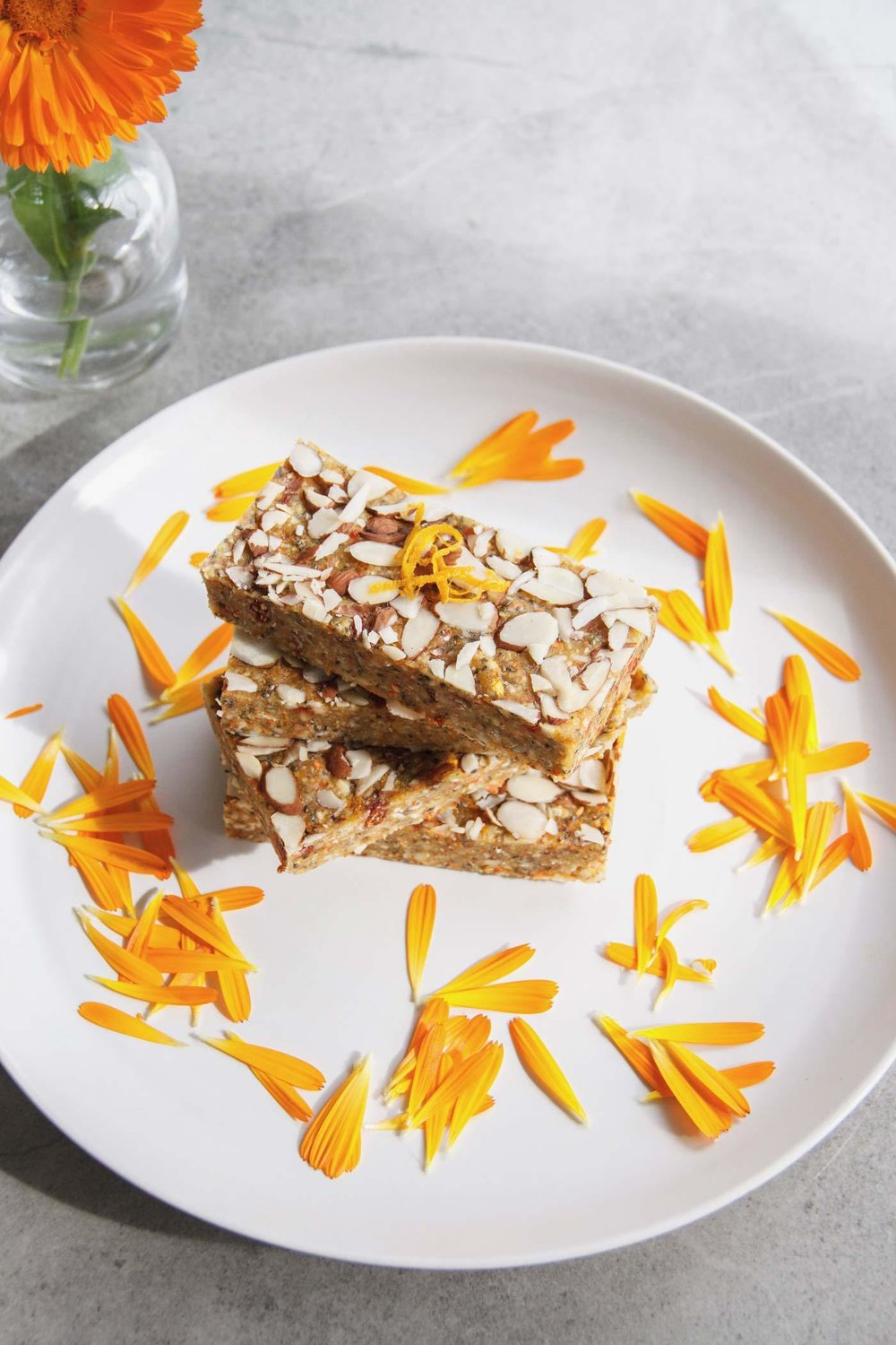 Calendula Beauty Bars - raw, vegan, quick to make, and the perfect snack for October birthday parties