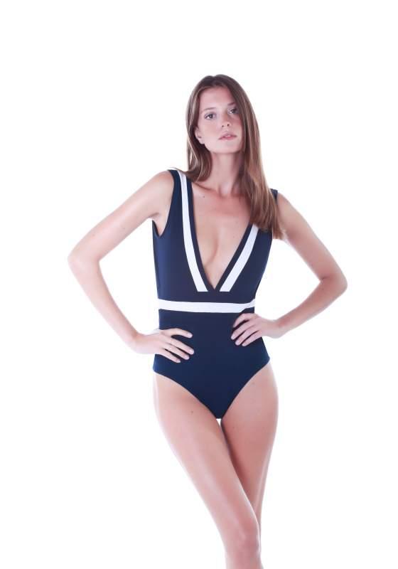 maillot-de-bain-1-piece-iris-blanc-tiphaine.jpg