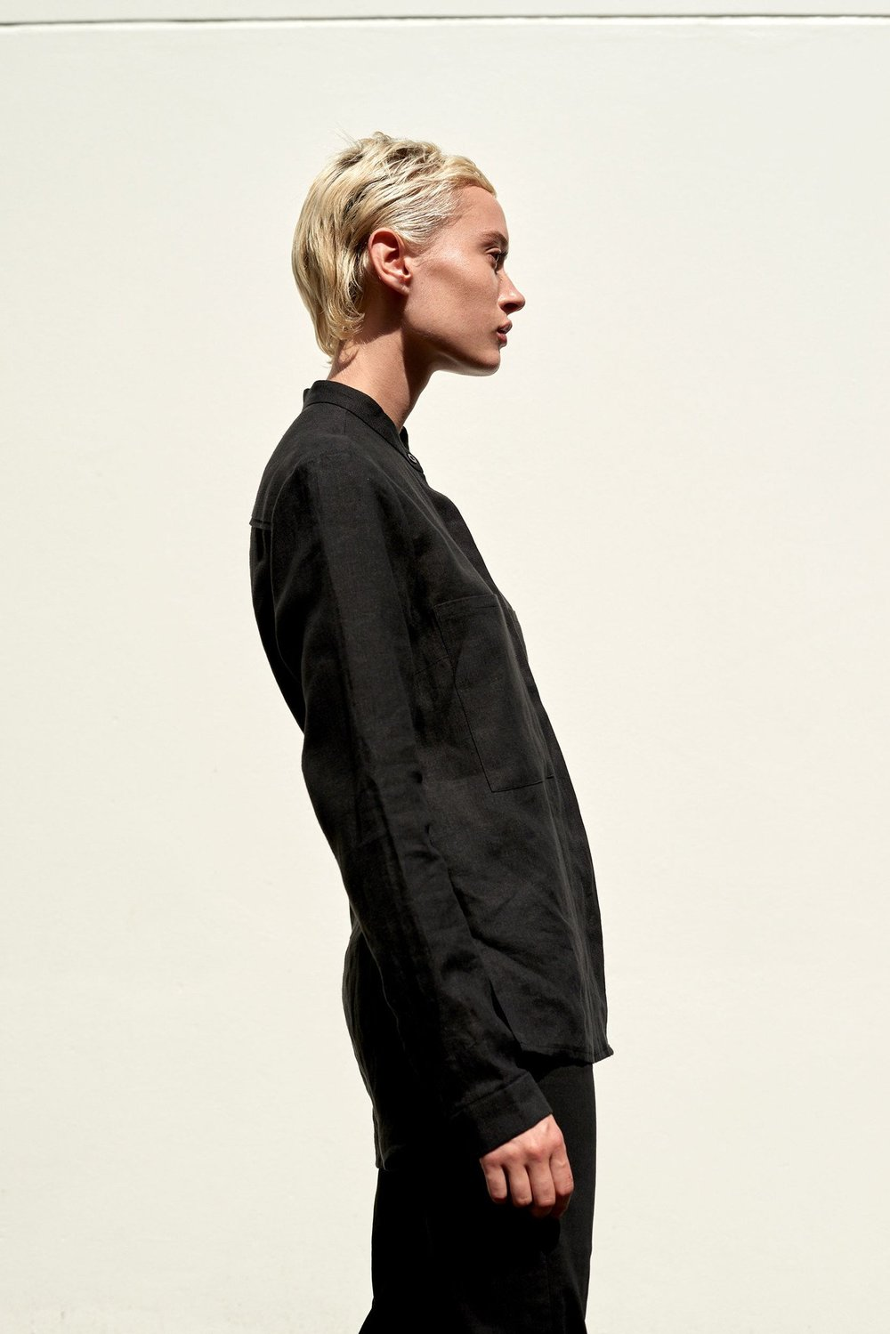 ABCH_black linen shirt made in Australia.jpg