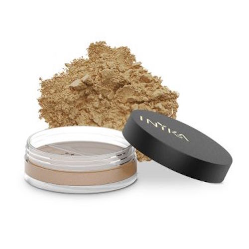 Inika - This Australian based vegan makeup brand can now be found all over the world. They have a large range of different foundations, including loose mineral powder, baked mineral powder, organic liquid foundation and organic liquid BB cream.