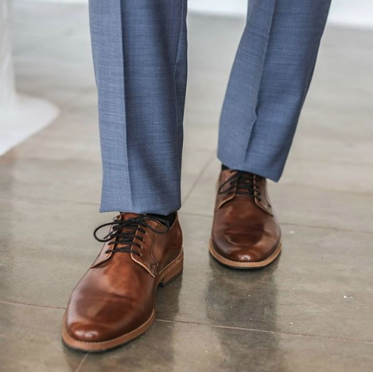Ethically made and vegan shoes for men. Brands making non-leather dress shoes.