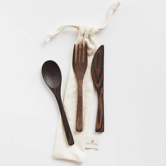 Reusable wooden cutlery set with organic cotton pouch from  Flora and Fauna .