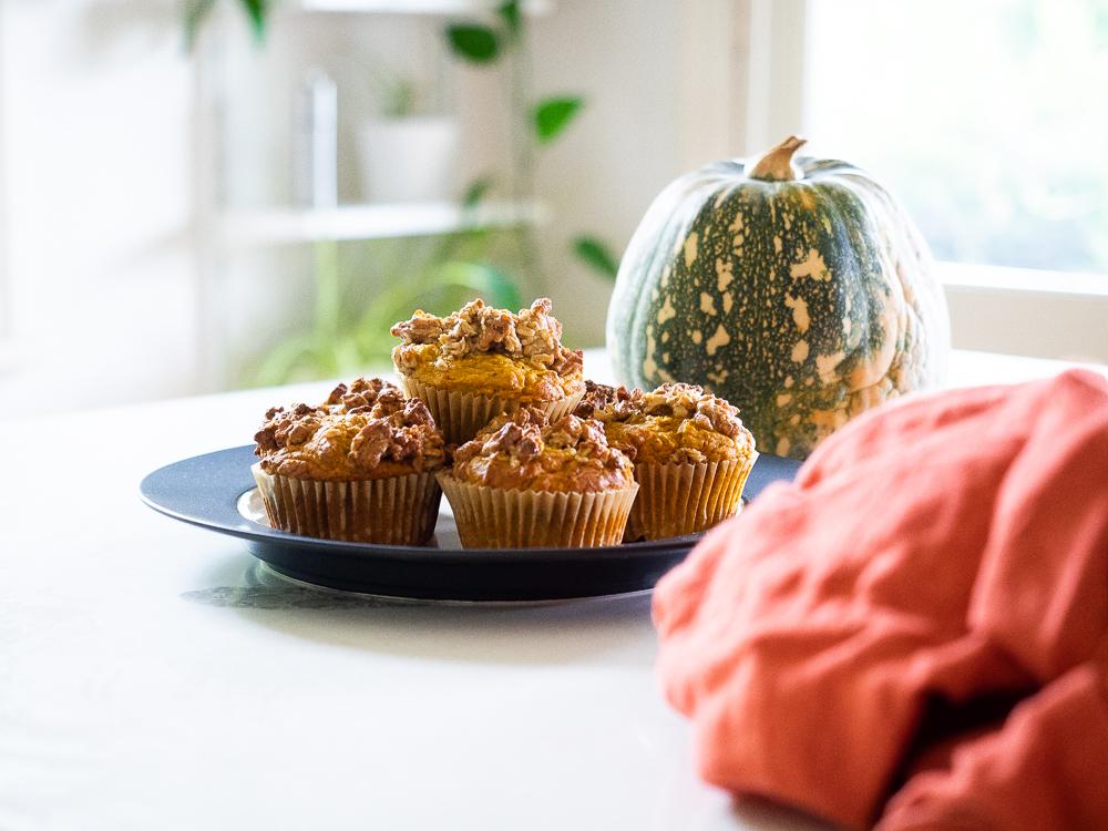 vegan sugar-free pumpkin streusel topped muffin recipe.jpg