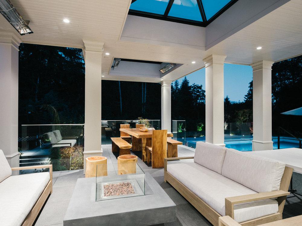 Deck-Lounge-1.jpg