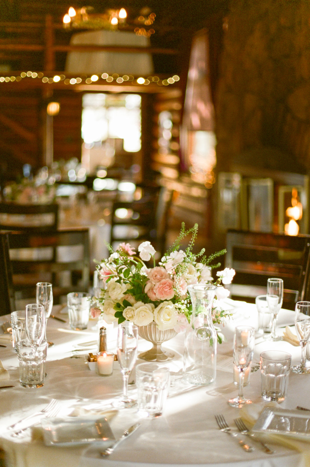Twin_Owls_Steakhouse-wedding_photographer_Estes_Park_Lisa_ODwyer-503.jpg