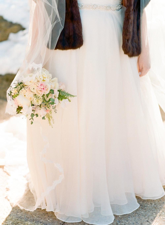 Twin_Owls_Steakhouse-wedding_photographer_Estes_Park_Lisa_ODwyer-721.jpg