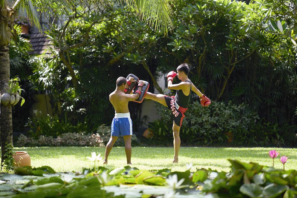 Muay Thai Kickboxing - Crave Thailand