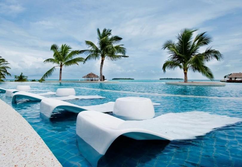 Kandooma Surf Resort Maldives (23).jpg