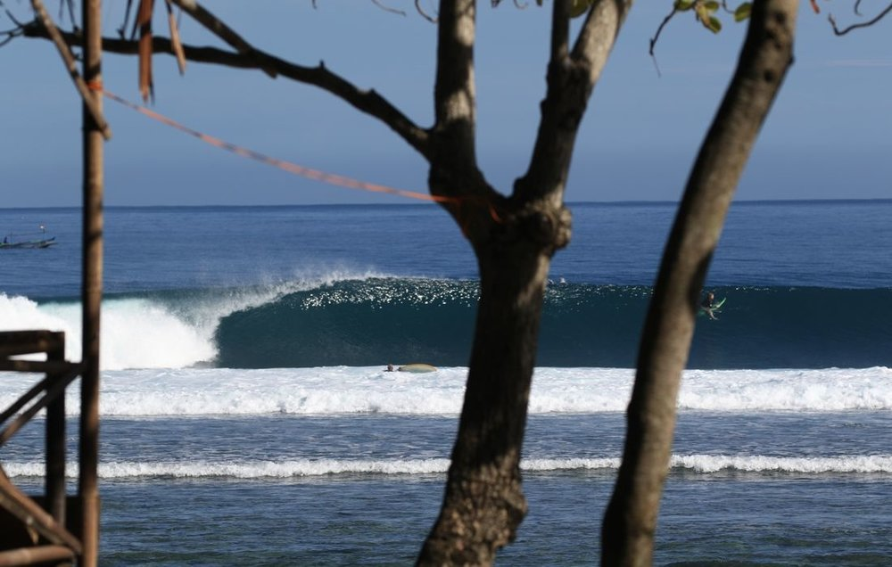 mandiri-break-surf-resort-sumatra-surfing-9-1100x700_c.jpg