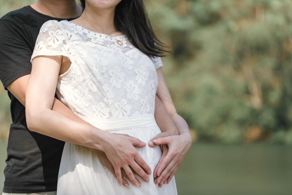 Danni Maternity-3.jpg