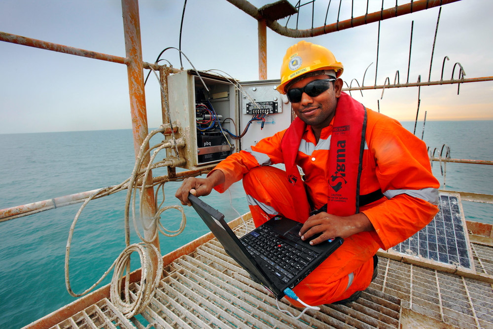 Offshore photographers oil gas