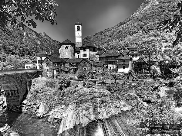 The-Romantic-Natural-Beauty-of-the-Picturesque-Village-of-Lavertezzo-Ticino-Switzerland.jpg